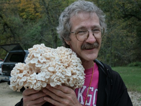 image - photo of David Fischer with the Hen of the Woods, Sheepshead, or Maitake mushroom (Grifola frondosa)